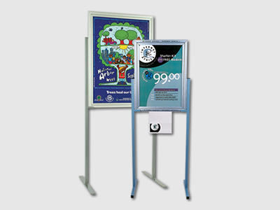 Snapper Display Free Standing Units 9
